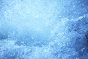 業務用エアコン内部を洗う凍結洗浄